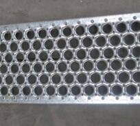 防滑板冲孔网